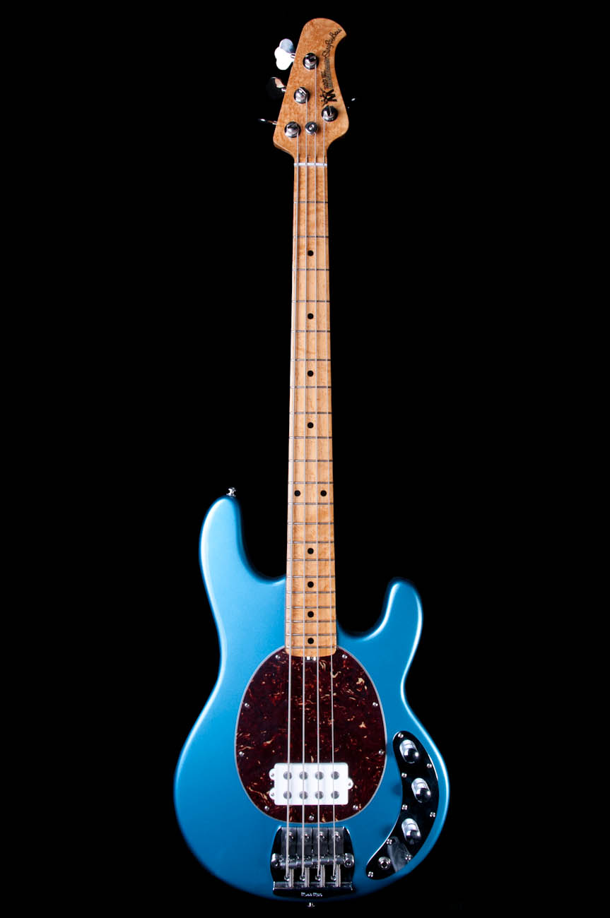 Ernie ball music man classic stingray 4 string bass in l for Classic house string sound