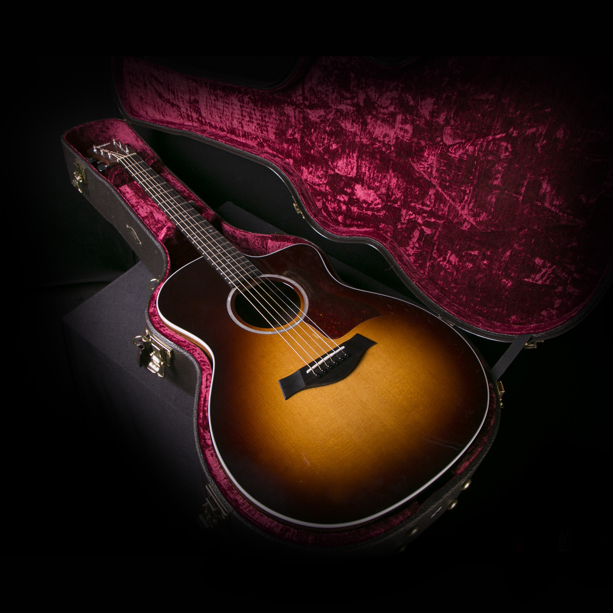 taylor 214ce dlx grand auditorium sunburst acoustic electric guitar ebay. Black Bedroom Furniture Sets. Home Design Ideas