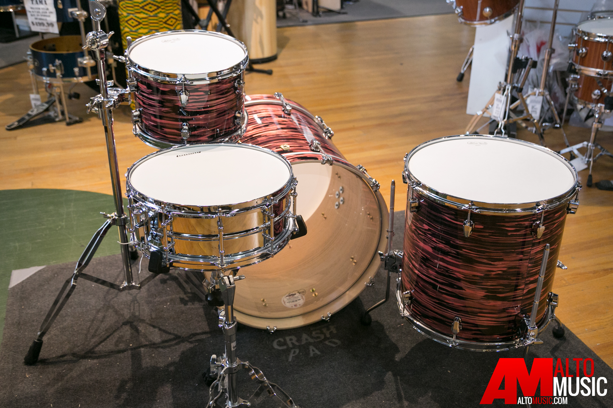 ludwig keystone series shell kit in salmon oyster w free snare drum. Black Bedroom Furniture Sets. Home Design Ideas